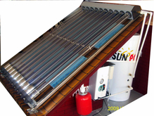 Home Pressurized heat pipe solar water heater
