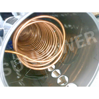 Copper coil tankless evacuated tube Solar water heater